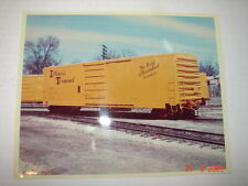 ILLINOIS TERMINAL BOX CAR - Color Photo