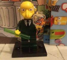 The Simpsons lego minifigure series 1 MR MONTGOMERY BURNS new from split packet