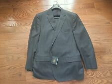 Brooks Brothers 2 Button Suit - Gray Herringbone Saxon Fabric - Size: 48R/43