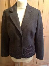 EYE CATCHING CINNABAR THICK GREY BLAZER WITH COLLAR & HEM DETAIL UK SIZE 14 WORN