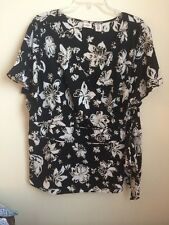 Covington Woman Size 24w Stretch Floral Short Sleeve Top wrap, side bow