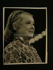 Candid Bette Davis Johnny Carson Presents Sun City Scandals '72 TV PHOTO 115N