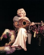 Marilyn Monroe 8x10 Classic Hollywood Photo. 8 x 10 Color Picture #2