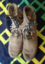 MINNETONKA Gray Conchos Fringe Suede Leather Moccasins Ankle Boots Women's 8M