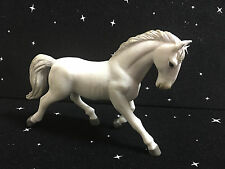 "Terra by Battat White Horse Toy Animal Figure 5.25"" Long"