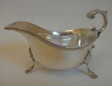 Good solid silver vintage SAUCE BOAT hallmarked Sheffield 67 - 183.5 g 5.9 tr oz