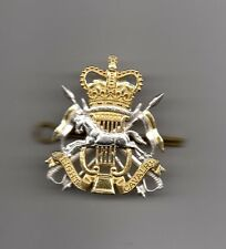 THE LIGHT CAVALRY  BAND   OFFICIAL ISSUE CAP BADGE .