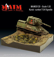 MAiM 1/35 Kursk Destroyed T-34 Vignette with Base (T-34 Tank+Diorama Base)