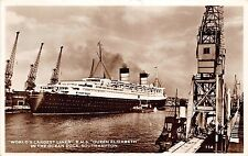 Bg32926 queen elizabeth in the ocean dock southampton ship bateaux real photo uk