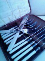 Silver plated fish cutlery set boxed