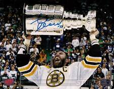 Zdeno Chara Boston Bruins Signed Autographed Screaming Holding Stanley Cup 16x20