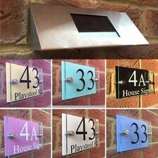 MODERN HOUSE SIGN PLAQUE DOOR NUMBER STREET GLASS COLOUR EFFECT SOLAR LIGHT