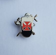 England St George Knights Templar Axe & Sward  Badge Enamel Pin Badge Oi!