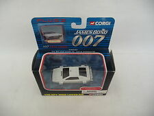 Corgi 1:43 Lotus Esprit White Underwater The Spy Who Lov James Bond 007 TY95701W