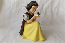 Disney WDCC Snow White -  Wont You Smile For Me Porcelain Figurine In Box