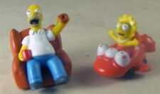 2 SIMPSON FAMILY Action Figure Toys HOMER on Rolling Easy Chair & LISA in Car
