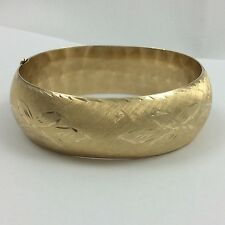 20.5MM WIDE 14K YELLOW GOLD BANGLE BRACELET