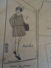 """PATRON ORIGINAL POUR LA POUPEE LISETTE  """" TABLIER DE CLASSE 1923"""