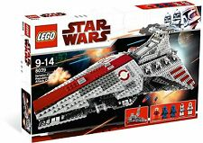 Brand New Lego Star Wars 8039 Venator-Class Republic Attack Cruiser Rare Minifig