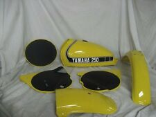 COMPETITION YELLOW Custom Mix Paint for Yamaha Motorcycles- AEROSOL