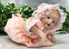 "VINTAGE ASHTON DRAKE IN MINIATURA BAMBINO IN PORCELLANA ""perfetto dei neonati 7"" Heather doll"