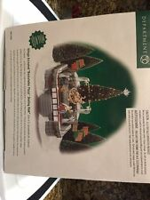 """DEPT 56 CHRISTMAS IN THE CITY  """" ROCKEFELLER PLAZA SKATING RINK """" GENTLY USED"""