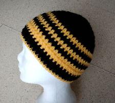 Mütze, Häkelmütze in My Boshi Style, Fan Mütze selbstgehäkelt, schwarz-gelb