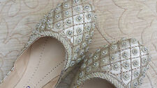 CREAM/BEIGE LADIES INDIAN WEDDING PARTY LEATHER    KHUSSA SHOE SIZE 4
