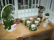 VINTAGE ART DECO  COFFEE SET COFFEE POT AND SIX CUPS AND SAUCERS