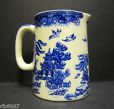 Heron Cross Pottery BLUE WILLOW ENGLISH 1/4 Pint Jug