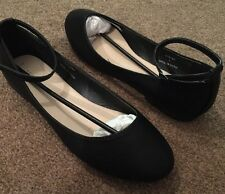 BNWT NEW LOOK Black Flat Shoes With Ankle Strap Size 7 40 KITT
