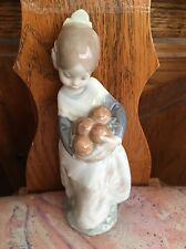 Lladro 4841 Valencian Girl Glossy Finish!  Mint condition No Box!  L@@K!