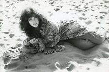 SEXY CLIO GOLDSMITH  LE  CADEAU  1982 VINTAGE PHOTO ORIGINAL