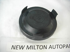 A HONDA ACCORD MK6 1998-02 HEADLIGHT HEADLAMP RUBBER BULB COVER CAP SMALL 747969