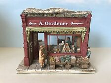 Lilliput Lane (L2198) Moments In Time BANANAS ARE BACK - With Box & Deeds