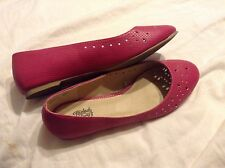 Faded Glory women's size 8 pink with accent holes shoes