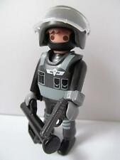 Playmobil Swat team/Riot police figure with helmet & ram NEW