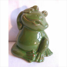 .LATEX MOULD/MOULDS/MOLD. 4 INCH SITTING FROG WITH HAND TO HEAD