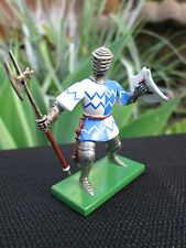 Britains 8415 Blue/White Foot Knight with Pole-Axe Metal toy soldier