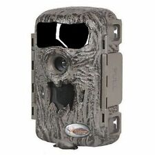Wildgame Illusion 8.0 Megapixel Lightsout Game Camera w/ 2GB SD Card and Batteri