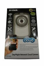 D-Link Wireless Day/Night Cloud Network Camera w/ Remote Viewing DCS-932L