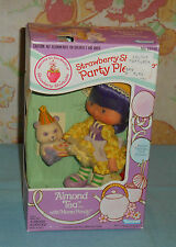 vintage Kenner Strawberry Shortcake ALMOND TEA PARTY PLEASER MIB MISB sealed