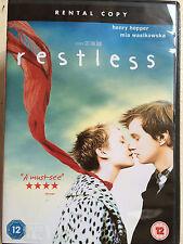 Mia Wasikowska Henry Hooper 'RESTLESS' 2011 Gus Van Sant Ado Drame ROYAUME-UNI