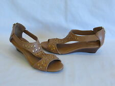 "Clarks Artisan ""Thimble Clover"" Medium Tan Leather Wedge Heels/Sandals - 8M/39"