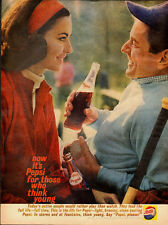 1961 Vintage ad for Pepsi-Cola/Couple/Vintage bottle in Ad (082313)