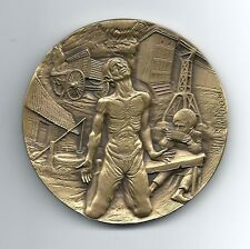 ART / INTERNATIONAL CHILDREN´S YEAR 1979 BRONZE MEDAL BY V. BERARDO / 3.5. M34