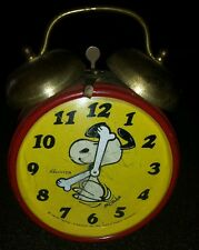 1970 vintage Snoopy Peanuts west Germany alarm wind up table dresser top clock