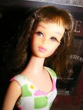 BREATHTAKING FRANCIE Vintage 1966 BRUNETTE Hair BENDABLE LEG Doll Barbie 1st