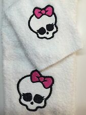 Embroidered Hand Towel and Wash Cloth Set MONSTER HIGH SKULL PINK H0658