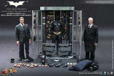 Hot Toys MMS236 1/6 armory set with Alfred and Bruce Wayne